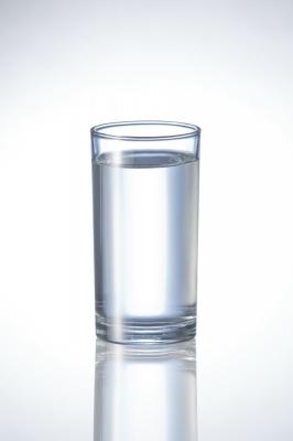 glas-wasser